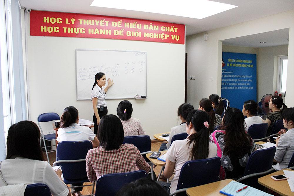 khoa hoc ke toan thue thuc te tai ha noi Trung tâm đào tạo kế toán tại Ninh Bình tốt nhất